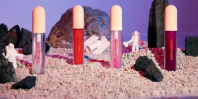 Gel Lip Gloss Secondate Beauty: Solusi Bibir Lembap dan Kenyal