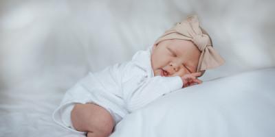 Inspirasi Nama Bayi Perempuan Bermakna Mencintai dan Dicintai