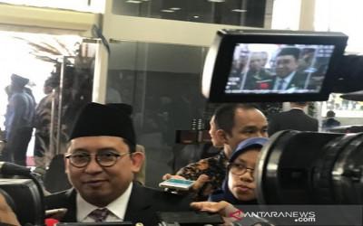 Cerita Fadli Zon Dikasih Keris, Apa Bertanda Jadi Menteri Jokowi?