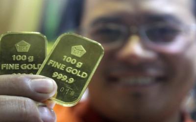 Emas Antam Naik Pol, Simpan 4 Tahun Untungnya Bikin Geleng Kepala