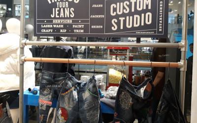 Yuk, Desain Sendiri Denim-mu di Custom Studio Pepe Jeans