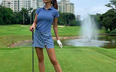 Bidadari di Lapangan Golf, Seksinya Tiada Tara