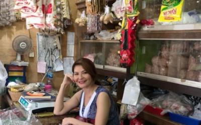 Pesona Tamara Bleszynski ke Pasar Tradisional Bikin Meleleh