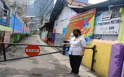 Cegah Penyebaran Corona, Warga Lakukan Isolasi Lokal