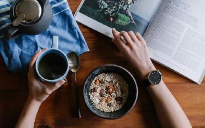 Ladies, Catat Jadwal Makan Tepat Waktu Untuk Diet dan Buktikan
