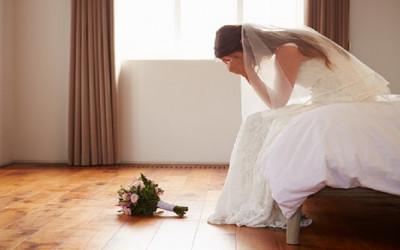3 Pernikahan Bernasib Tragis, Hitungan Menit Langsung Cerai