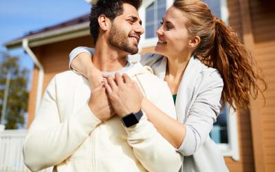 3 Tanda Nyata Istri Selingkuh, Suami Bisa Gampang Tahu