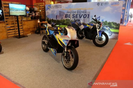 Tenaga Motor Listrik BL-SEV01 Besutan Budi Luhur Istimewa