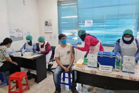 Sempat Teriak, Warga DKI Meninggal usai Vaksin AstraZeneca