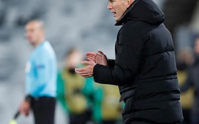 Zinedine Zidane, Penyihir Seutuhnya, Merdeka Sepenuhnya