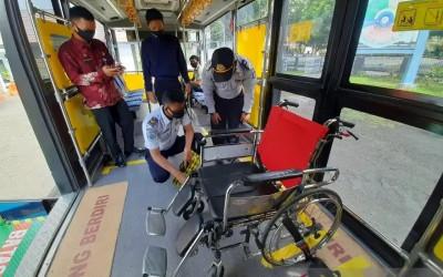 DAMRI Luncurkan Bus Disabilitas NTB Gemilang