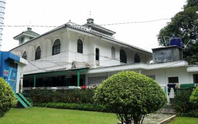 Masjid Tua Al Mubarok, Destinasi Religi Berusia 5 Abad Lebih