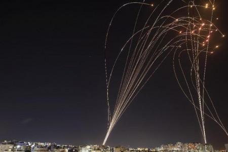 Iron Dome, Perisai Israel yang Bikin Roket Hamas Masuk Angin