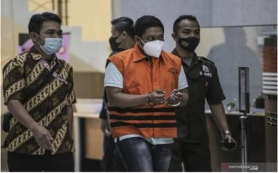 Makin Hot! Terkuak Sosok yang Kenalkan SRP ke Azis Syamsuddin