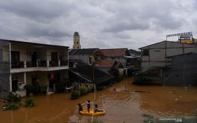 Banjir Jakarta, PKS Bawa-bawa Malaikat
