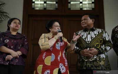 Skenario Batu Tulis Terulang, Prabowo-Puan Melenggang Pilpres