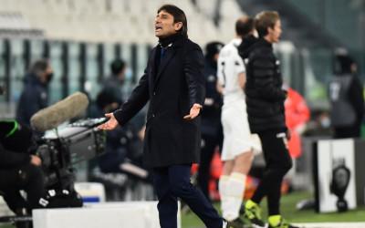 Ngeri! Ini Alasan Conte Beri Jari Tengah ke Bos Juventus