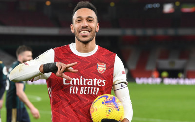 Link Live Streaming Arsenal vs Fulham: Derby London Kelas 2