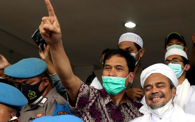 Polri Beri Angin Segar ke Rizieq Shihab, Aziz Yanuar Bilang Gini