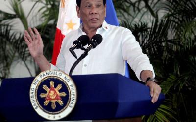 Duterte Ngamuk Disebut Lembek, Tantang China Langsung
