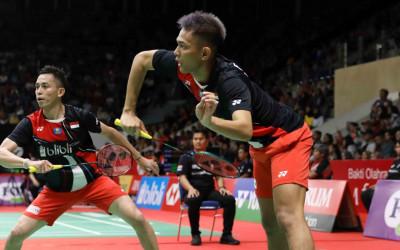 Rekap Hari Ketiga Thailand Open 2021: Fajar/Rian Tumbang!