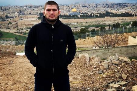 Khabib Nurmagomedov: Tak Perlu Jadi Muslim untuk Membela Gaza