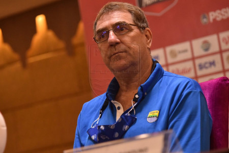 Pelatih Persib Beri Komentar Menggetarkan, Bobotoh Patut Bangga