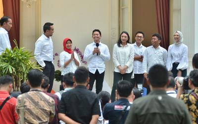 Analis Bingung Stafsus Jokowi Diperebutkan, Ucapannya Telak