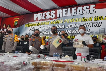 Manuver Senyap Polri Mengerikan, Kampung Ambon Bisa Dibabat Habis