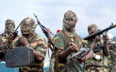 Kehancuran Nigeria, Warga Melarikan Diri, Tentara di Mana-mana