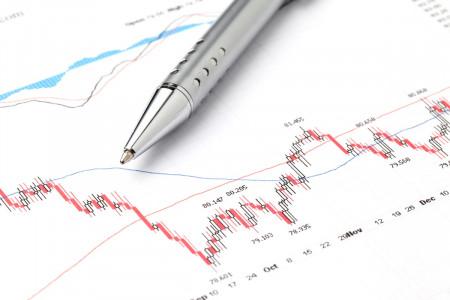 IHSG Turun, Analis Sebut Soal Resesi Ekonomi RI Kuartal I-2021