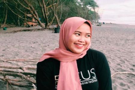 Perempuan Asal Yogyakarta Untung Besar Jual Baju Kualitas Ekspor