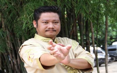 Mewah! Rumah Paranormal Ki Kusumo Dipenuhi Ukiran Klasik Rumit
