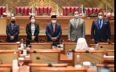 Kemenristek Dilebur: Deretan Menristek, Termasuk Papa Prabowo