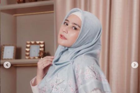 Prilly Latuconsina Rutin Salat Tarawih di Ramadan, Masyaallah!