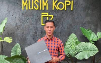 Rambah Bisnis, Kisah Sukses Indra Kahfi Buka Kedai Kopi Kekinian