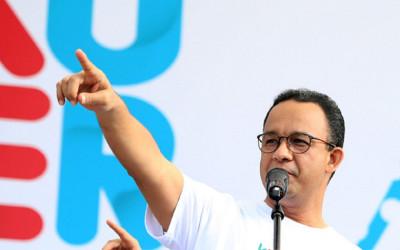 Skakmat Jokowi, Rocky Gerung Bandingkan Anies yang Mampu Mendunia