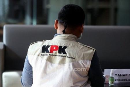 Giri Suprapdiono: Isu Taliban Hanya untuk Memojokkan KPK