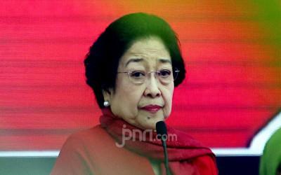 Jokowi Siap Ambil Takhta Ketua Umum Megawati, Puan Bersiaplah!