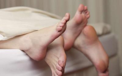 3 Pria Terkenal Meninggal Saat Sedang Ngos-ngosan di Ranjang