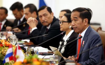 Pengamat Top Beberkan 3 Nama Menteri Layak Dicopot Jokowi