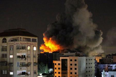 Serangan Roket, Puluhan warga Palestina Tewas di Gaza & Israel