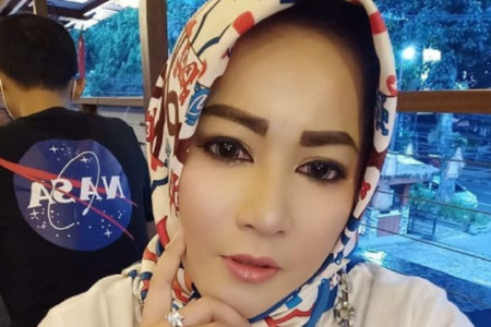 Dewi Tanjung Blak-blakan, Novel Kena Azab dan Anies Berikutnya