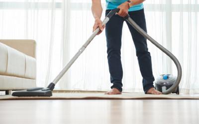 4 Tips Usir Rasa Malas Saat Membersihkan Rumah, Semangat!