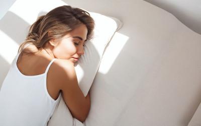 Bahaya Tidur Tengkurap, Sakit Leher Hingga Keriput