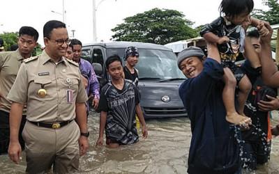 Pak Anies, Banjir Cipinang Melayu Dikritik Ferdinand Hutahean