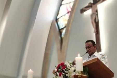 Ustaz Abdul Somad Bilang Haram,tapi Anies Masuk Gereja,
