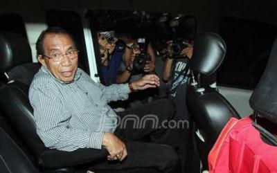 Max Sopacua Blak-blakan, Demokrat Bisa Jelalatan