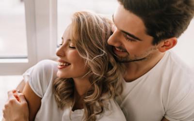 Masih Ragu Sama Pasanganmu? Ini 4 Tanda Kalau Kamu Beneran Cinta