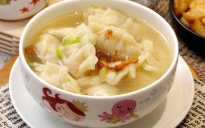 Bikin Sup Pangsit Daging Ayam Mudah Banget, Ini Resepnya!